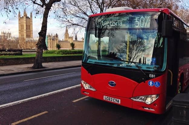 BYD-elektricke autobusy-na-cestach-Londyna
