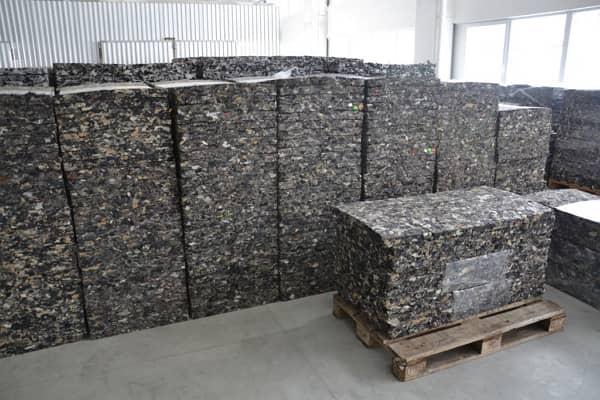 Stered izolacne dosky - recyklacia textilii