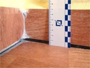 sadanie-podlahy-vo-vonkajsich-vrstvach-izolacie