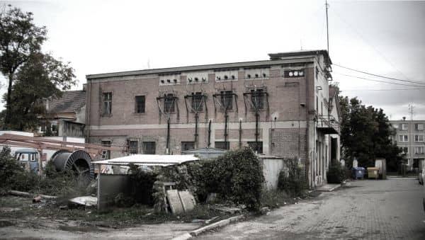 Elektráreň Piešťany, pôvodný stav z oku 2008.